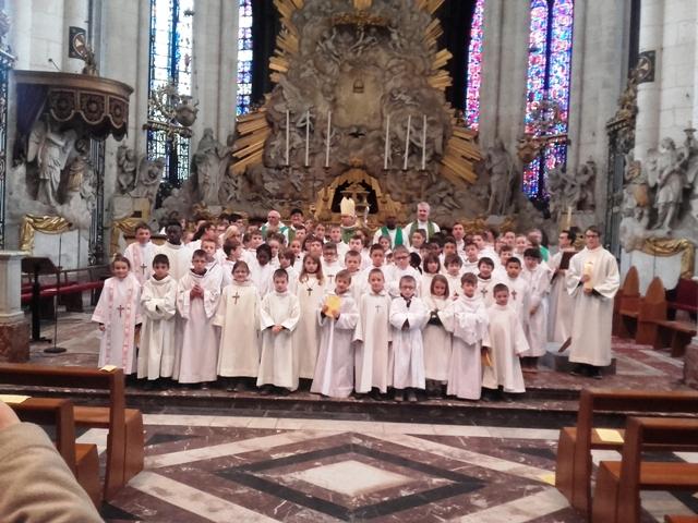 2016 servant d `autel rassemblement