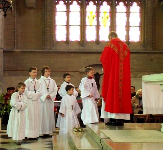 servants d`autel